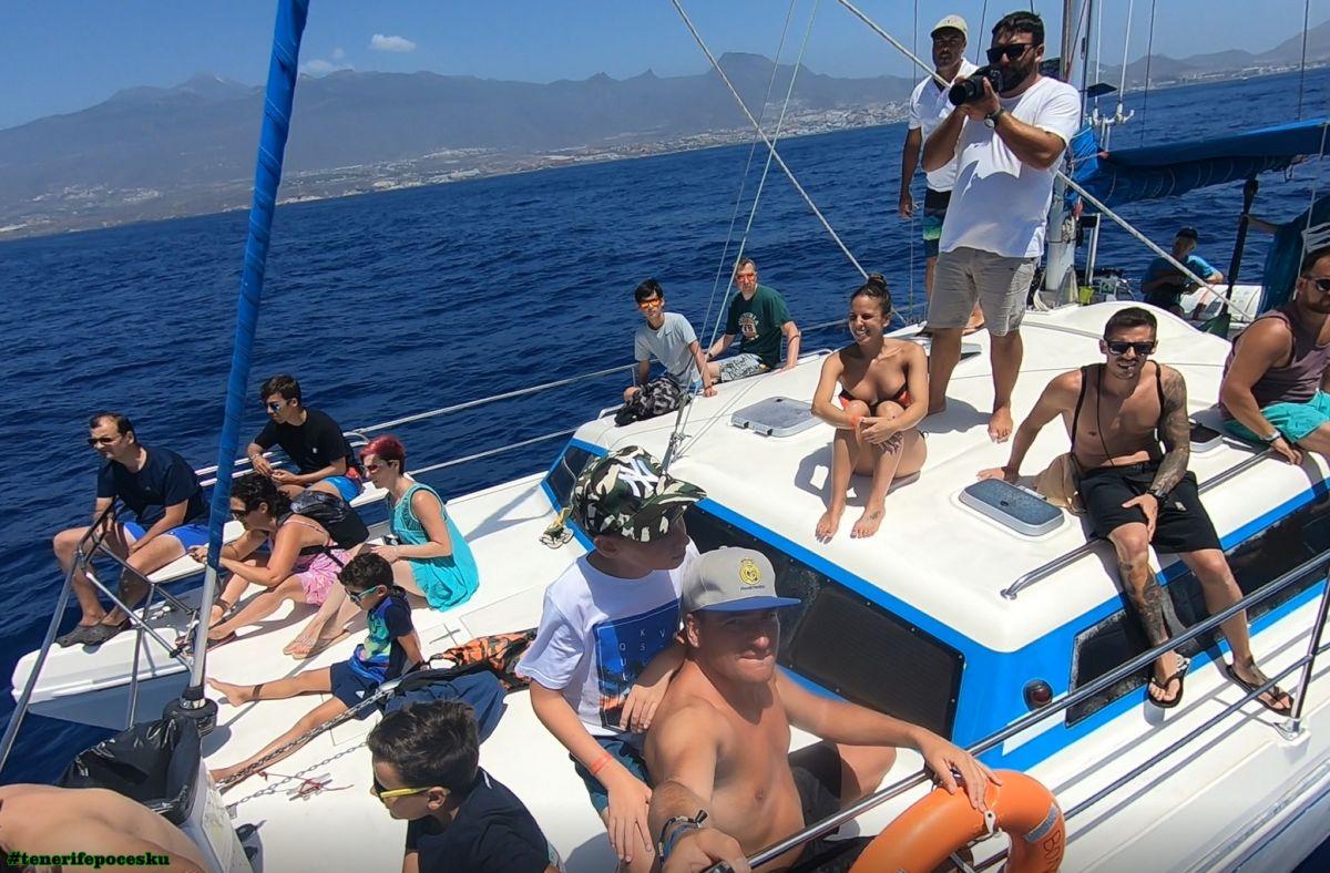 3 hodinový výlet lodí za delfíny a kytovci se šnochlováním